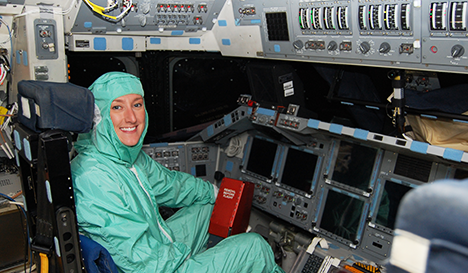 Allison Bolinger, NASA spacewalk flight controller and lead trainer, will join us for Kids Week 2016. But before you meet her in person, let's take some time to hear from Allison and learn more about her background and work.